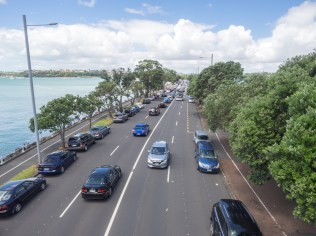 Rush Hour Traffic Tamaki Drive Auckland