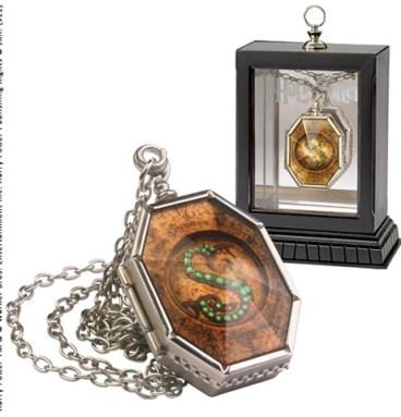 Médaillon de Salazar Serpentard