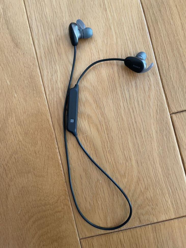 ワイヤレスイヤホン SONY WI-SP600N