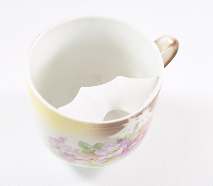 5 Large Ceramic Mustache Tea Cups With Saucers Gold Foil