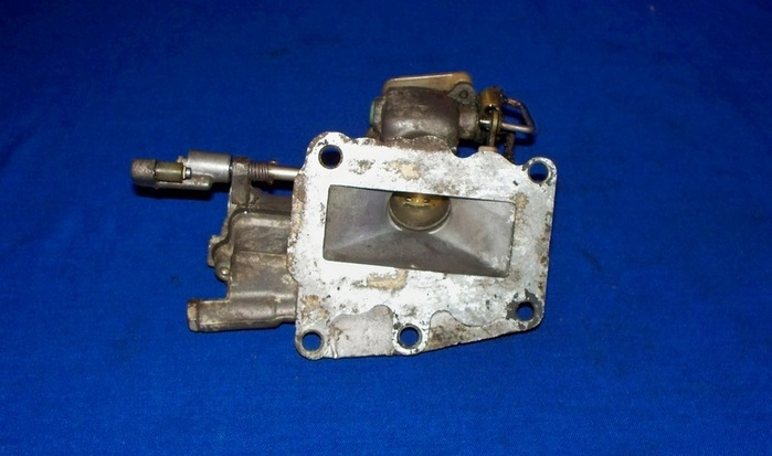 Diagram Of 1972 40202e Evinrude Fuel Pump Diagram And Parts