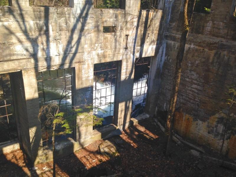 Ruines de Carbide Willson dans le Parc de la Gatineau