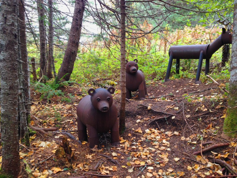 Sculptures d'acier à Sept-Îles