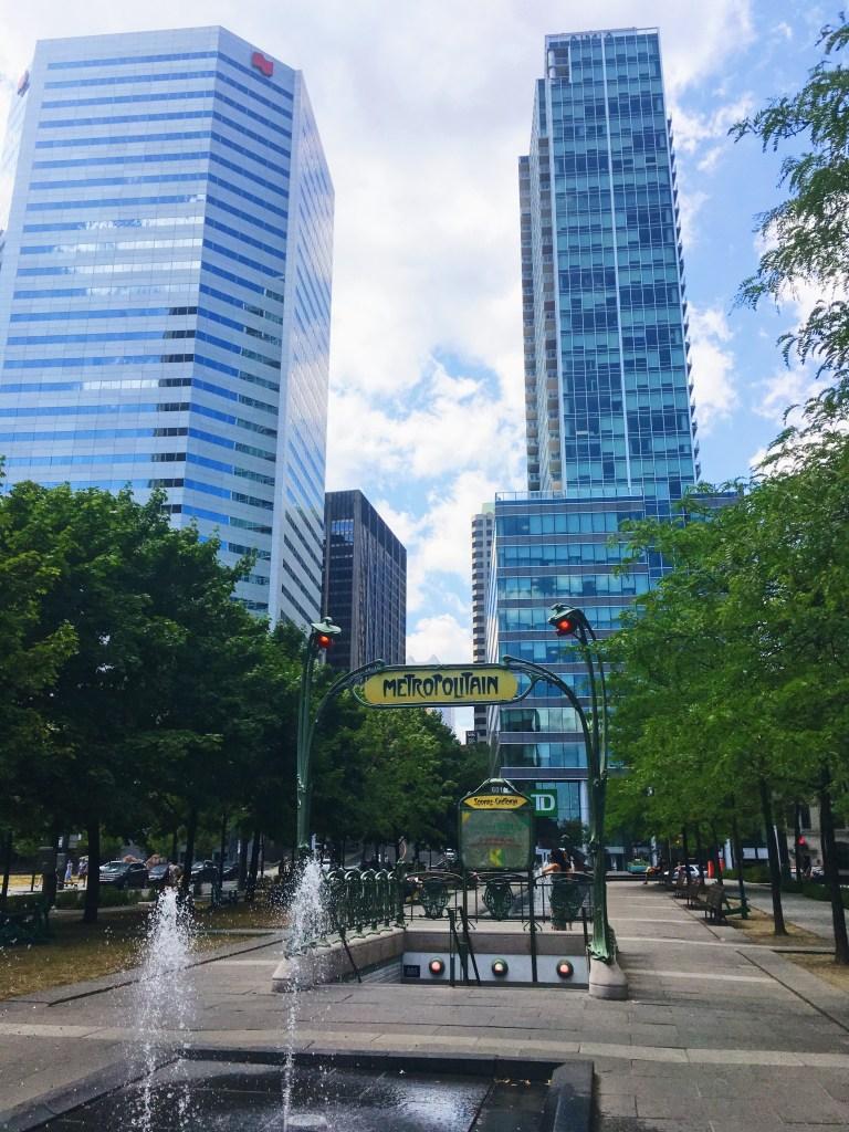 Métro Square-Victoria