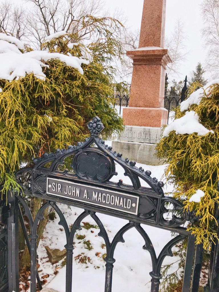 Tombe de Sir John A. MacDonald