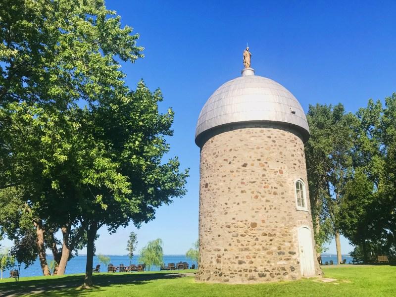 Vieux moulin sur l'Île Saint-Bernard