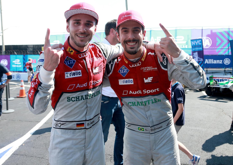 Die beiden Piloten von Audi Sport ABT Schaeffler, Daniel Abt (links) und Luca di Grassi, holten den Teamsieg der Saison.