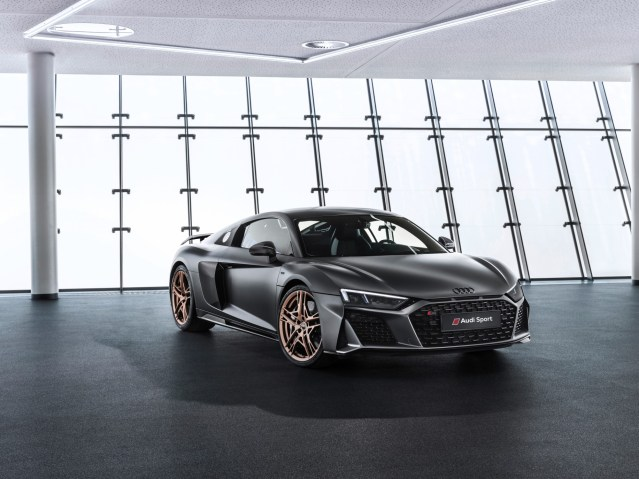 Homage To Ten Years Of The V10 Engine:  The Audi R8 V10 Decennium