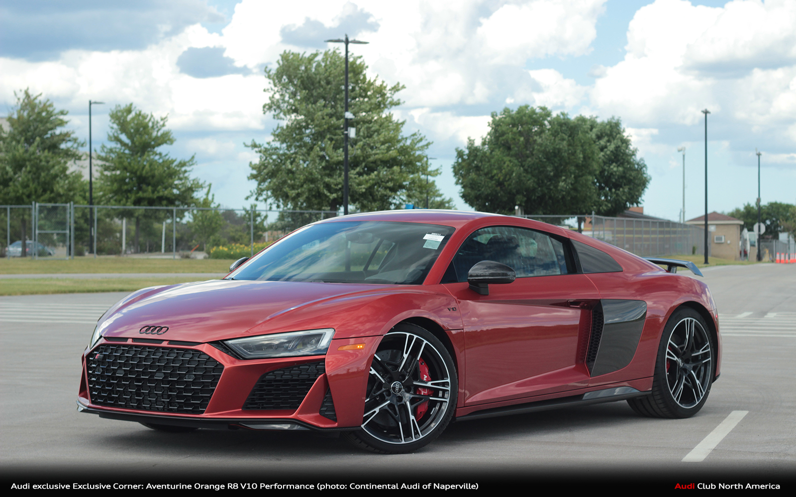 Audi exclusive Exclusive Corner: Aventurine Orange R8 V10 Performance