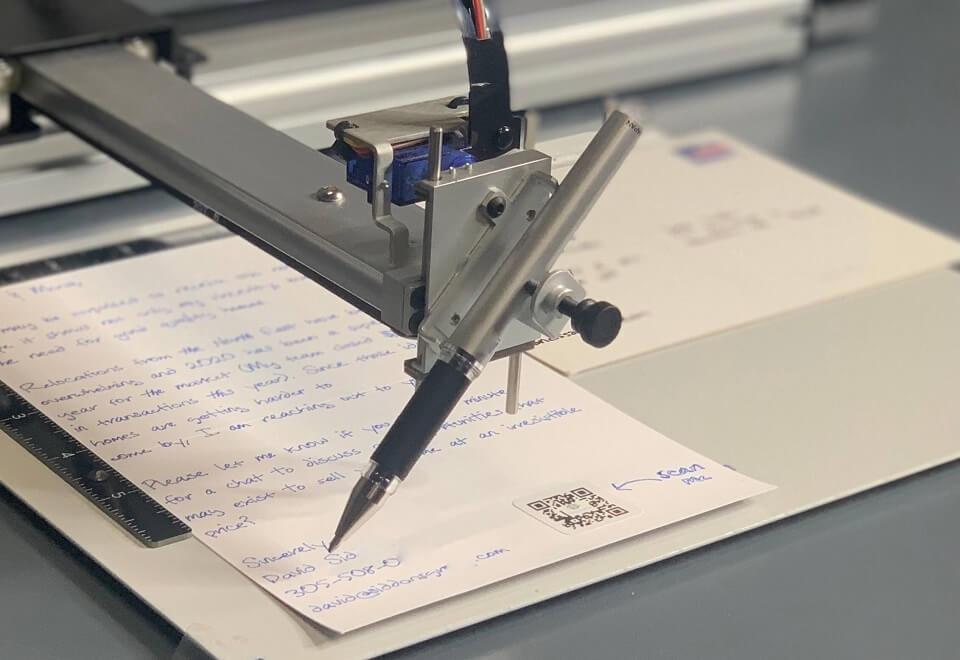 Audience Handwritten Notes Robot