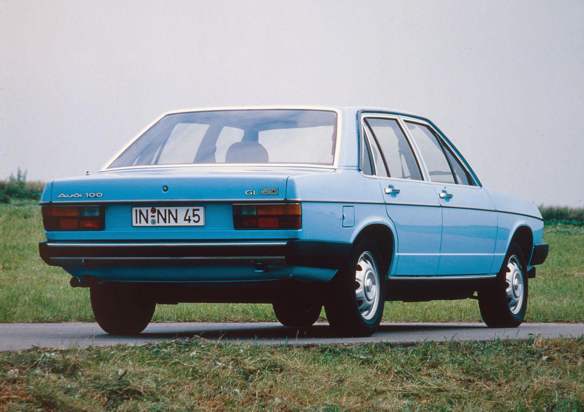 audi 100 gl 5d c2 model year 1978 [ 1160 x 820 Pixel ]