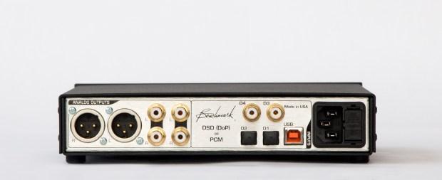Benchmark DAC2 Back