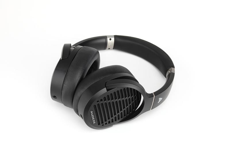 Audeze LCD-1 headphone.
