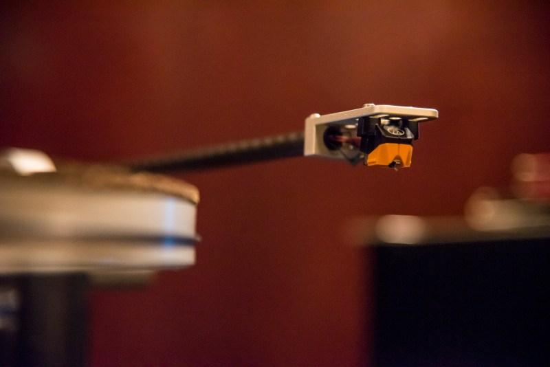 Audio Technica AT-VM95 cartridge review. AT-VM95EN, AT-VM95ML and AT-VM95SH compared.