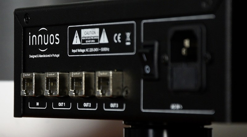 Innuos PhoenixNET Network Switch Back