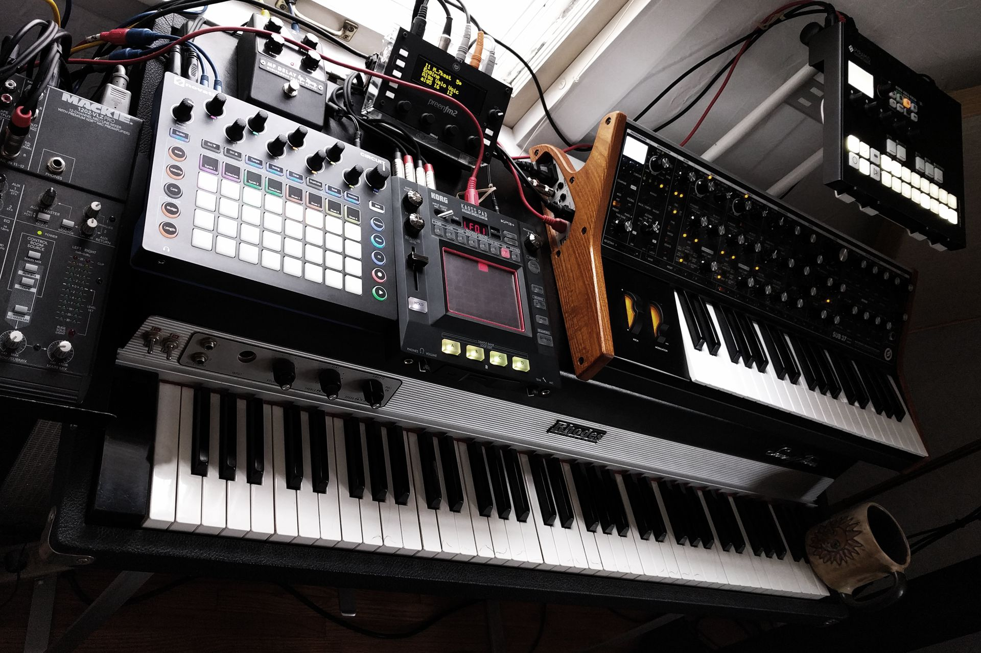 Programmable MIDI Foot Controller for the Korg KP3+   Audio Cookbook