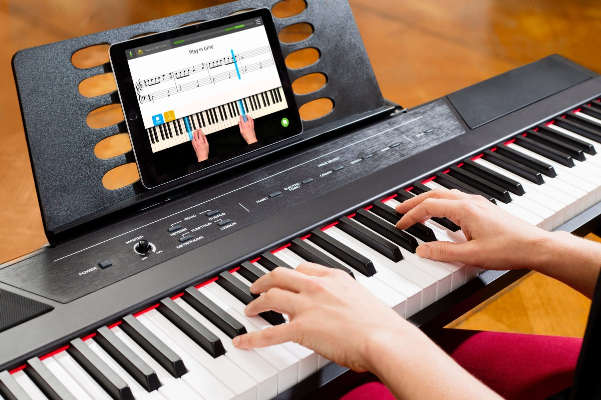 Learn How to Play the Piano With Skoove, Built with ...