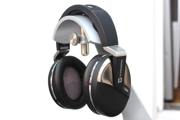Ultrasone Performance 880 headphones
