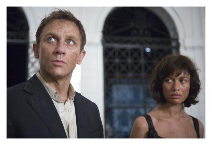 Daniel Craig y Olga Kurylenko en Quantum of solace (2008)