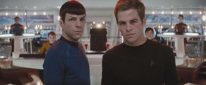 Spock y Kirk en Star Trek XI