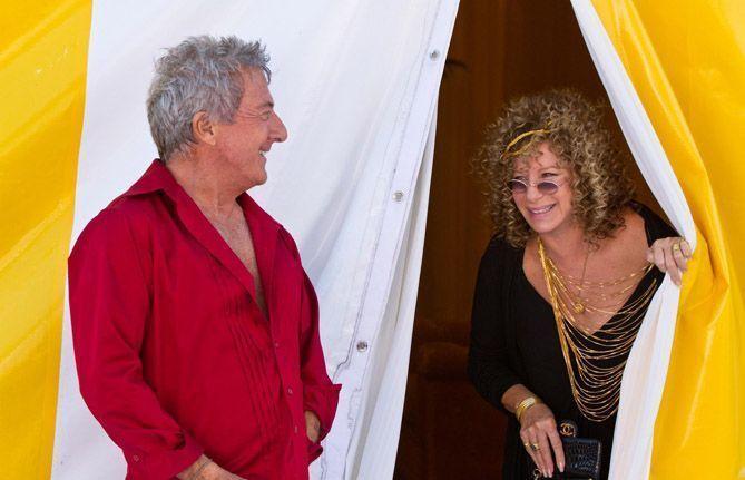 "Dustin Hoffman y Barbra Streisand en ""Ahora los padres son ellos"""