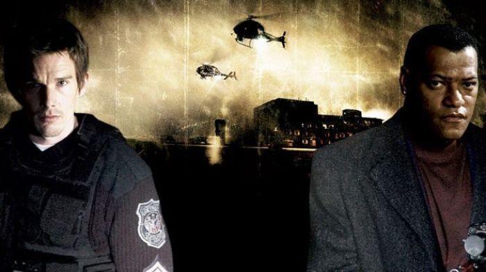 """Ethan Hawke y Laurence Fishburne en """"Asalto al distrito 13"""" (2005)"""