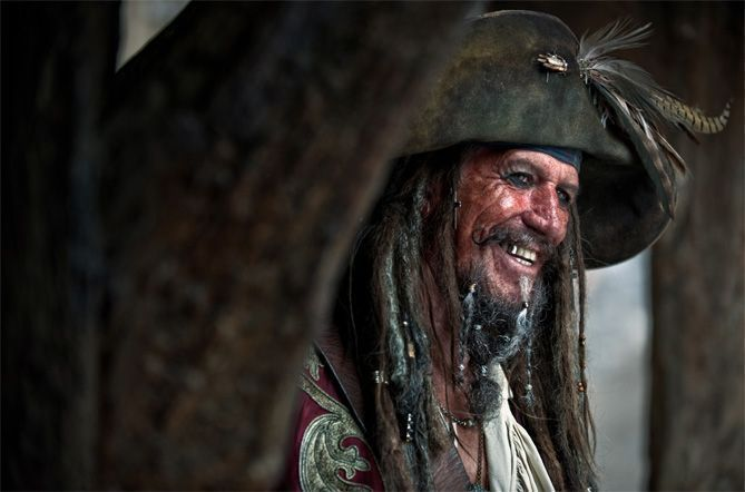"Keith Richards en ""Piratas del Caribe: en mareas misteriosas"" (2011)"