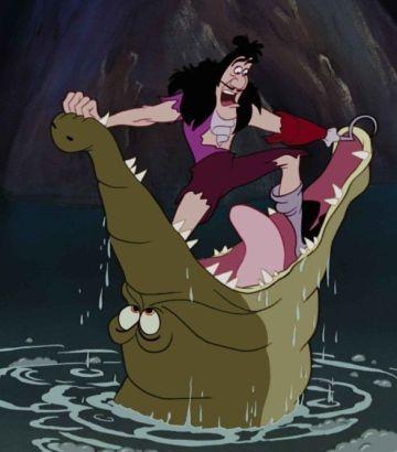 """Capitán Garfio y cocodrilo en """"Peter Pan"""" (1953)"""