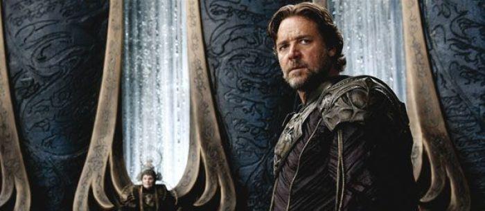 """Russell Crowe en """"El Hombre de Acero"""" (2013)"""