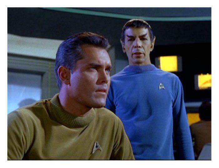 """Primer episodio de la serie original (el Capitan aún no era el actor William Shatner"""""""