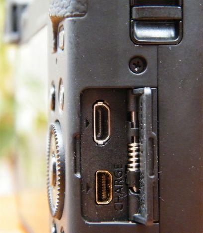 Panasonic LUMIX DMC-TZ60. Toma miniHDMI y carga