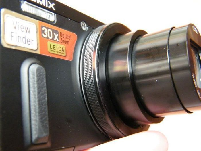 Anillo de control enfoque. Panasonic LUMIX DMC-TZ60 (Foto de Xavier Sastre Silvestre)