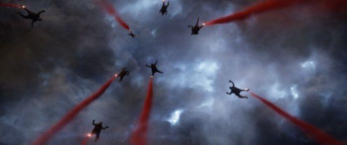 Salto H.A.L.O. en Godzilla 2014