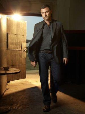 RAY DONOVAN (reseña en AudioVideoHD.com)