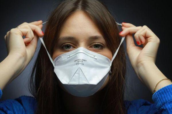 Gagnez en confort avec l'attache masque pour vos appareils auditifs !