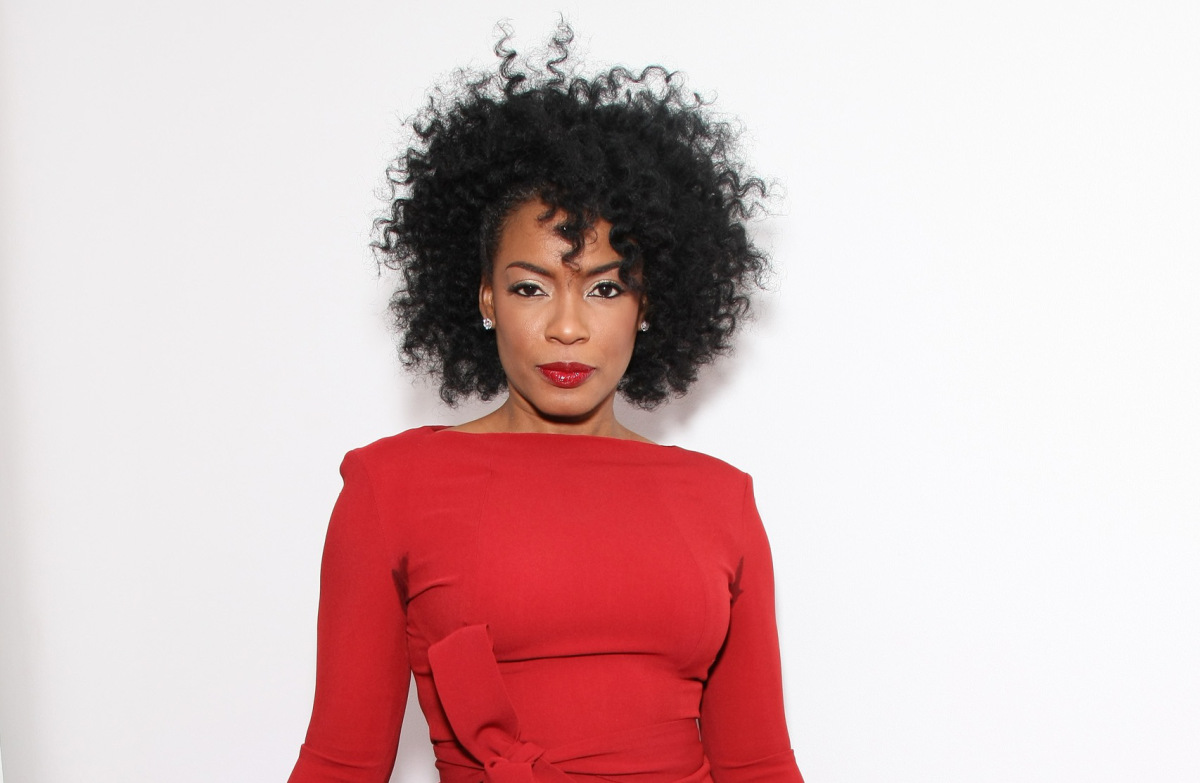 Hair Crush: Aunjanue Ellis - AudreyCan.com