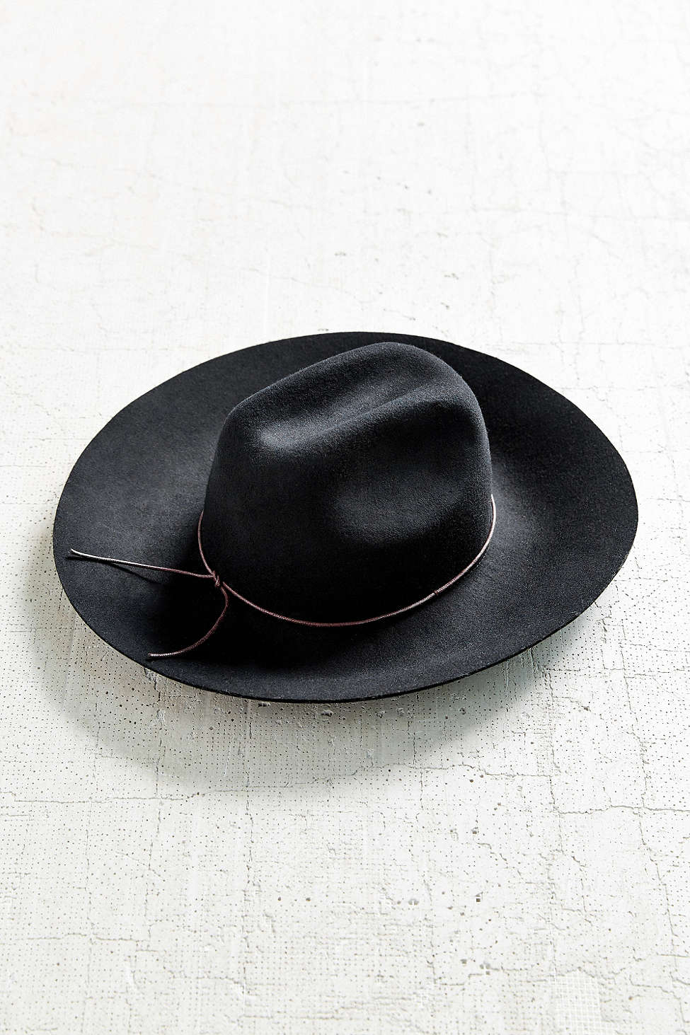 d8bb5e1e7b691 Wanna Wanna Wednesday  Ecote Tie-Back Wide Brim Hat by Urban Outfitters