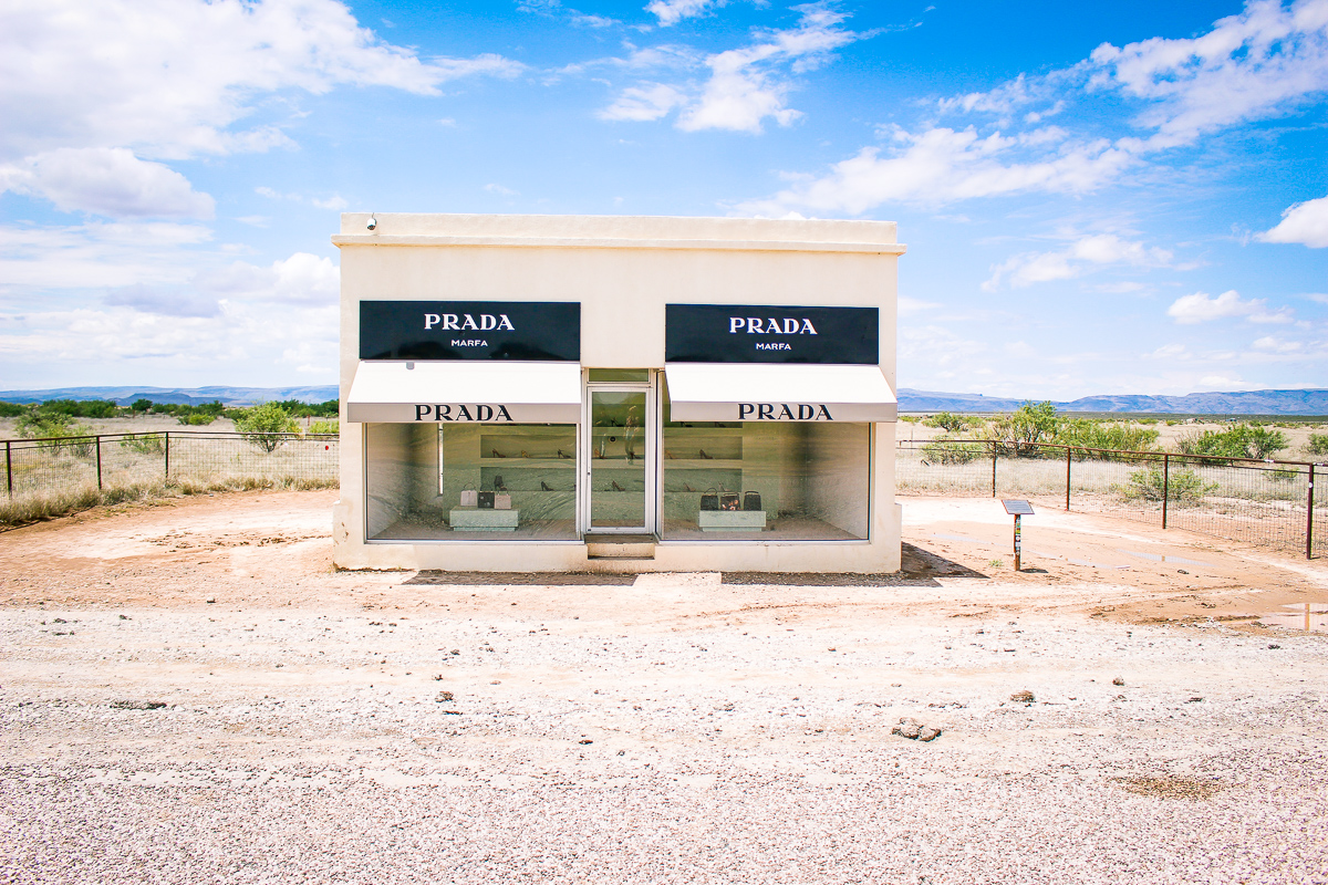 24 Hour Guide to Marfa, Texas | Prada Marfa | West Texas | AMS a fashion and lifestyle college blog |