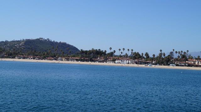 Mit Reisegeld zur Strandpromenade nach Santa Barbara reisen
