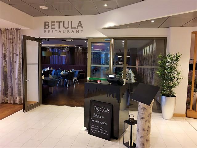 Zum Frühstück in das Restaurant Betula