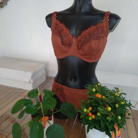 vêtement lingerie