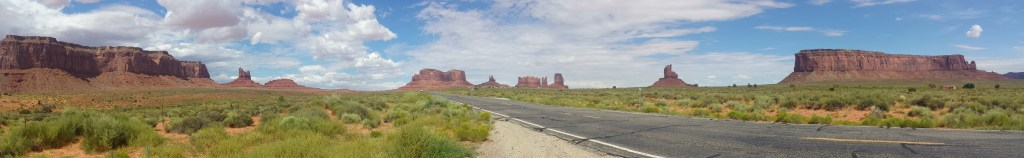 monument valley pano