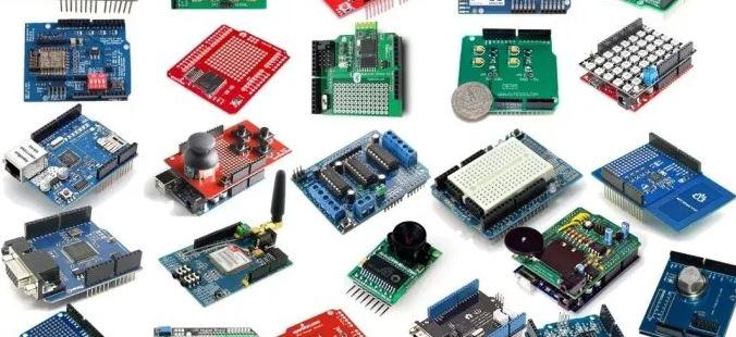 Arduino shield dan masing-masing fungsinya yang berbeda