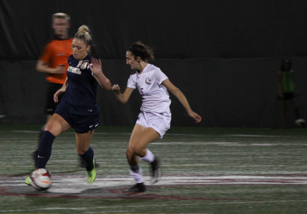Women's soccer bounces back  from early losses
