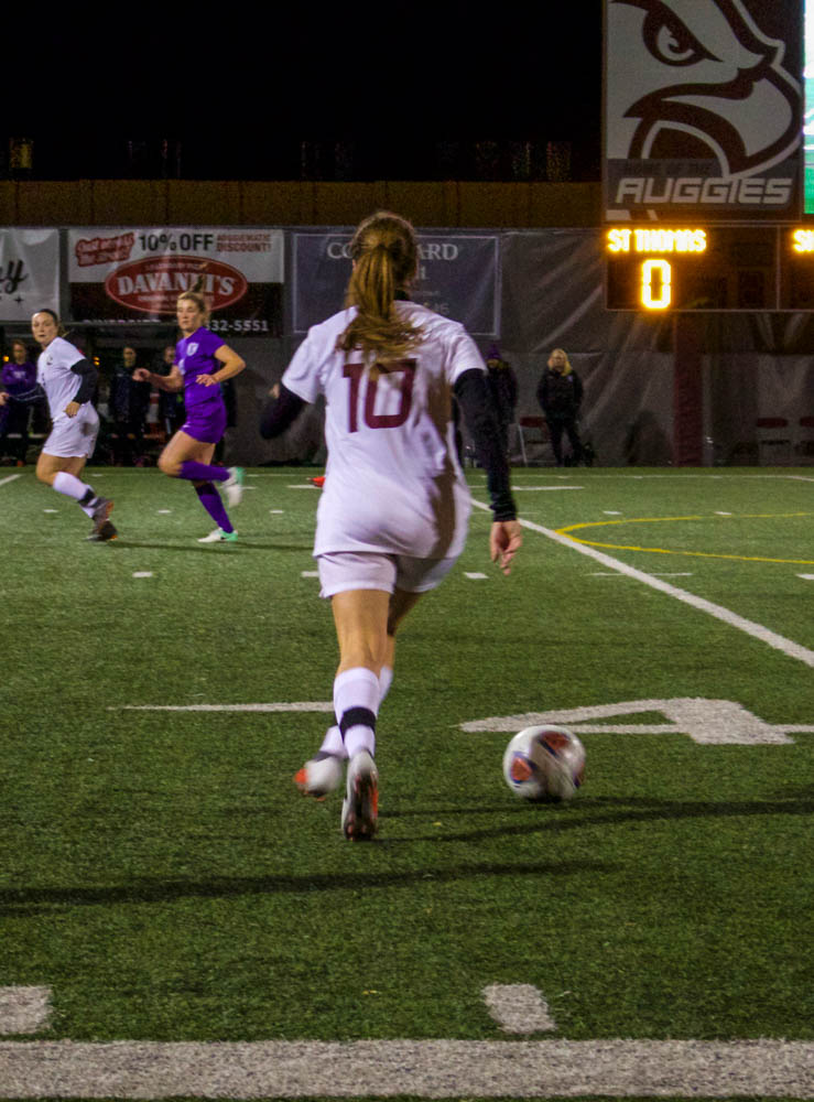 Women's soccer cruises to  championship game