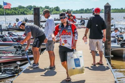 FLW college bass fishing Photo by Drew Aspinwall