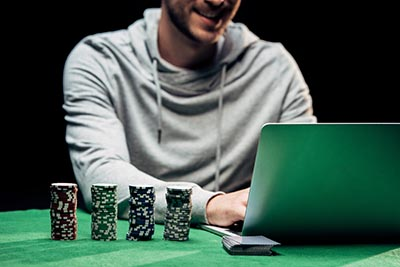 What are your chances of winning at online casinos?