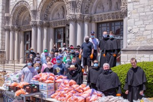 Augustinian Parish Organizes Food Distribution In Response to COVID 19
