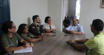 Prefeito Filho Barreto reúne com agentes de trânsito do Detran