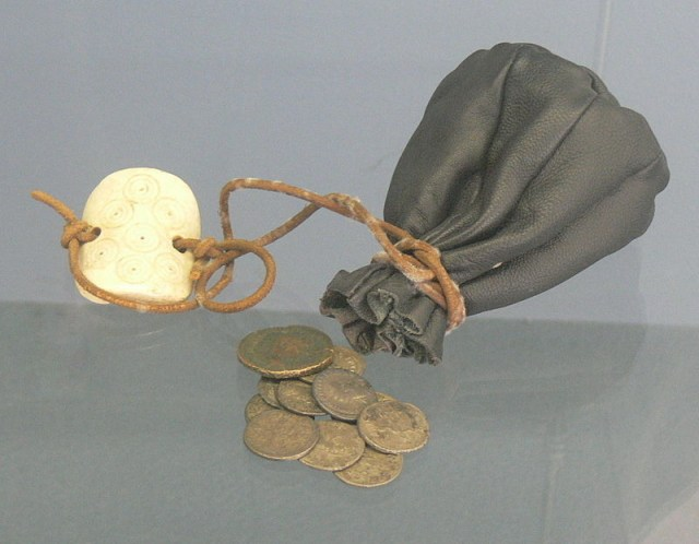 Leather purse in ancient Roman